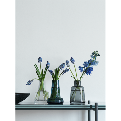 flora-vase-long-neck-dark-blue-h12-flora