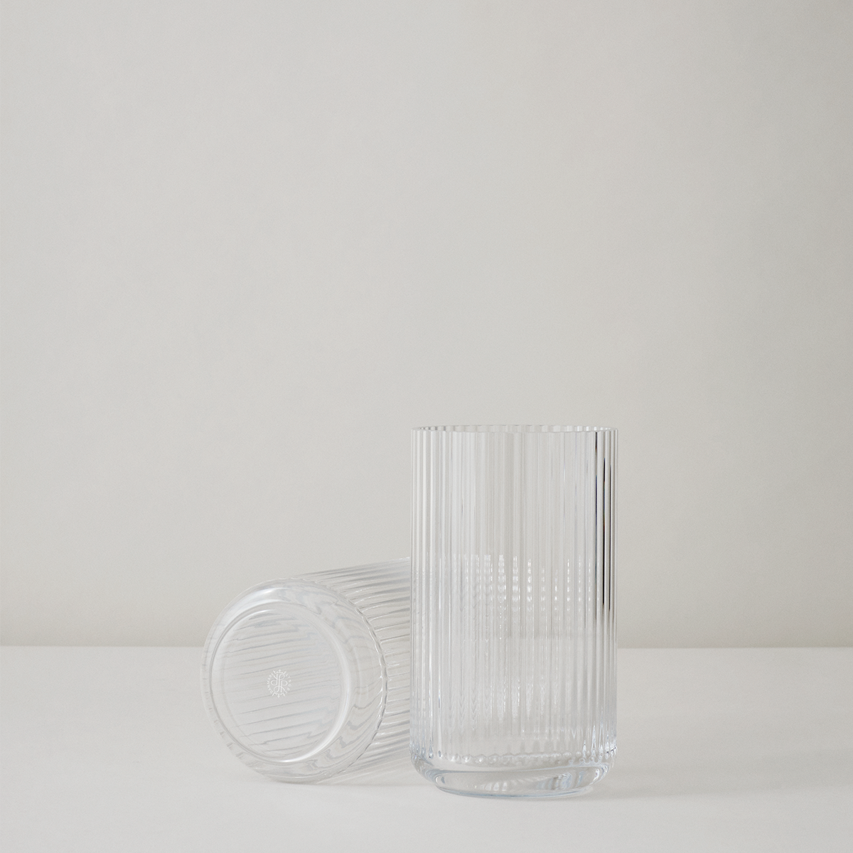 Moderne See Lyngby Vase, 25 cm Glass | Clear Mouth-blown Glass | Lyngby ZI89