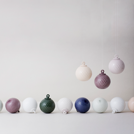 lyngby-decoration-bauble-oe7-cm-soft-pink-porcelain-rhombe