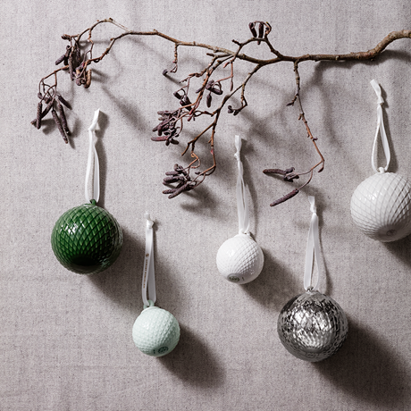 rhombe-decoration-bauble-oe5-cm-soft-green-porcelain-2-pcs-rhombe